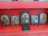 Старинные православные иконы в магазине сувениров в Турции