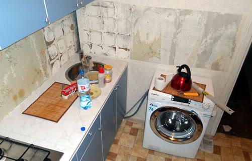 Подготовка поверхности для установки кухонной панели. Монтаж на жидкие гвозди.